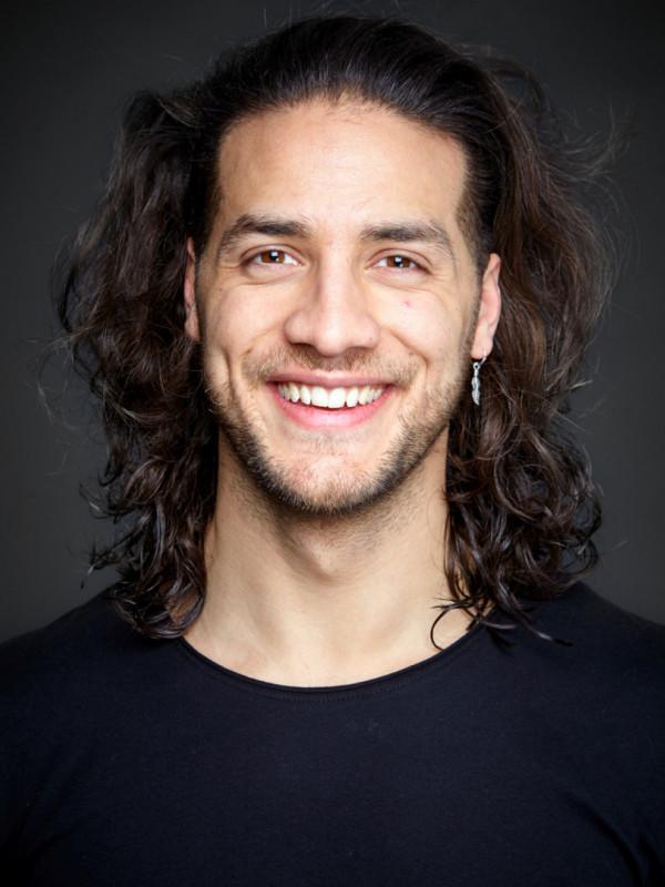Pro-actors men