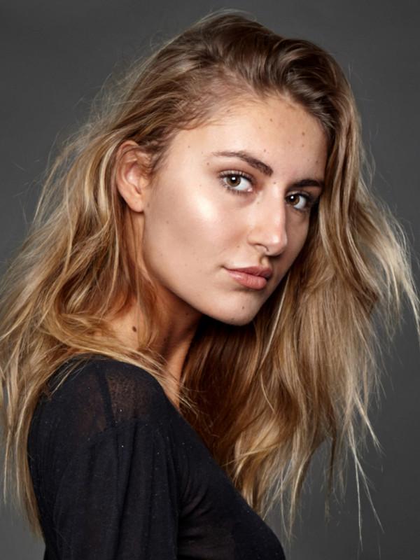 Pro-models women